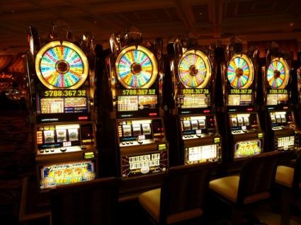 gambling_machine_onearmed_bandit_money_224090